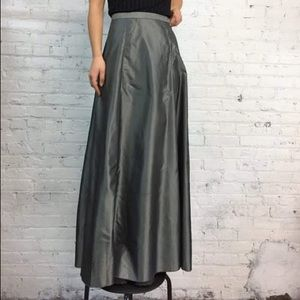 NWOT Cache gray taffeta/organza long skirt Sz S